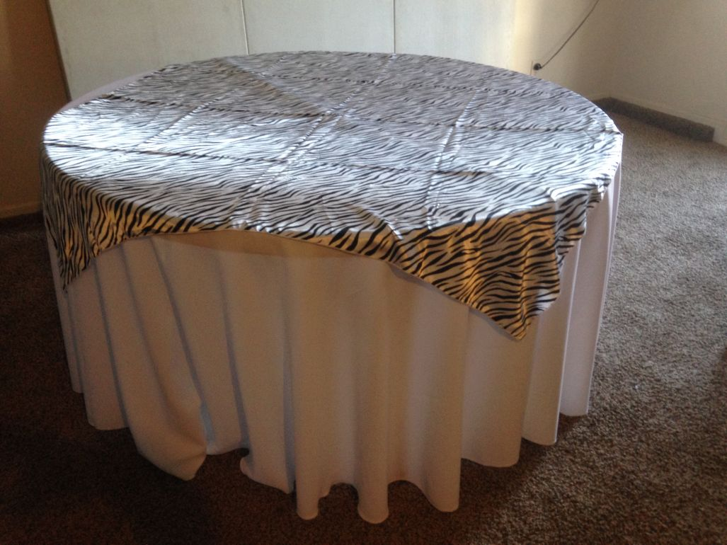 B white round tablecloths 120 for 120 round white table linens