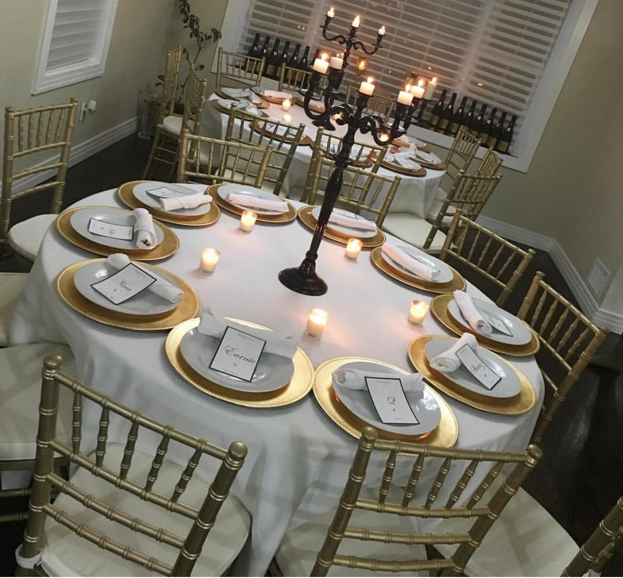 4fc7af75eaae Gold Chiavari Chair. Gold Chargers. Very Elegant Display Layout
